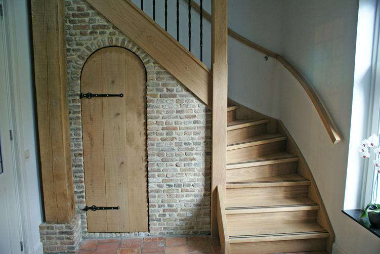 Details bouw en metselbedrijf van der kaa van enschot for Kwart trap